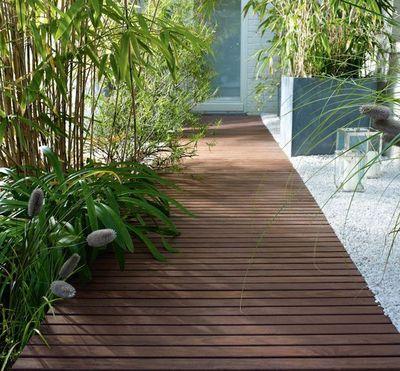 D coration terrasse bois exterieur - Allee de jardin en bois ...