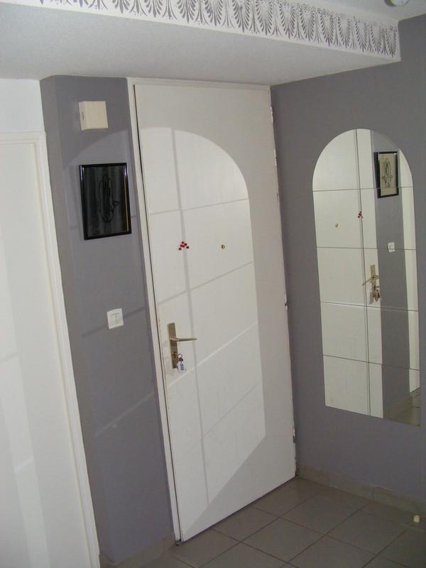 Idee Deco Chambre Fille Rose Et Gris : photo-decoration-idée-déco-entrée-gris-9.jpg