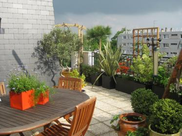 Id es d co terrasse appartement for Decoration jardins et terrasses