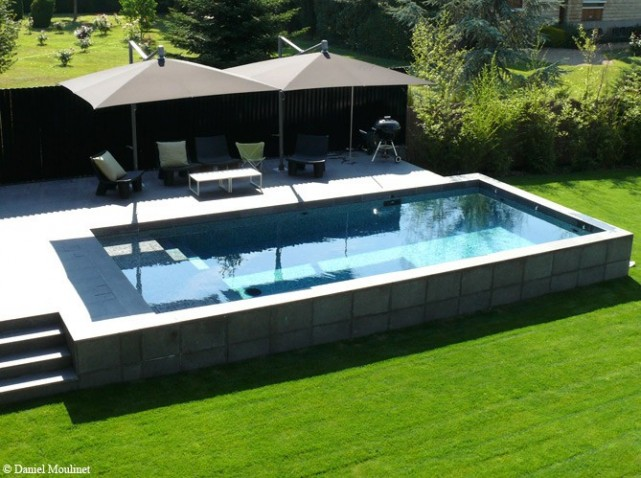 Idee d co terrasse piscine for Piscine hors sol naturelle