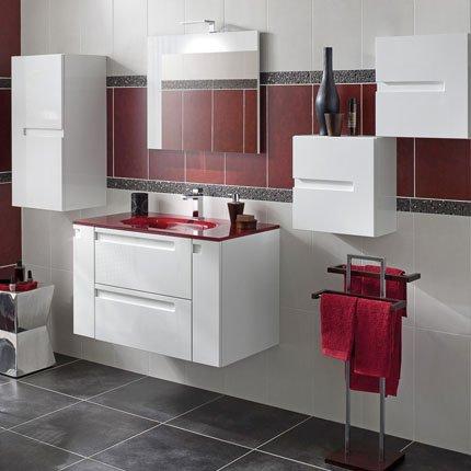 Meuble salle de bain rouge et blanc for Decoration salle de bain rouge