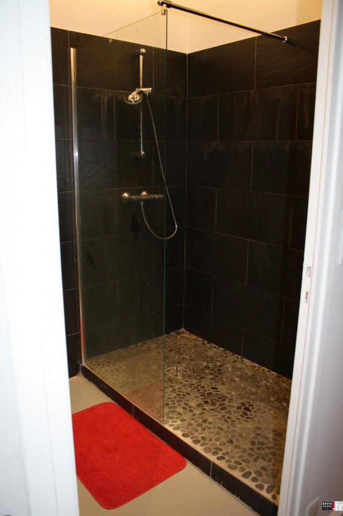 univers salle de bain l 39 italienne photo. Black Bedroom Furniture Sets. Home Design Ideas