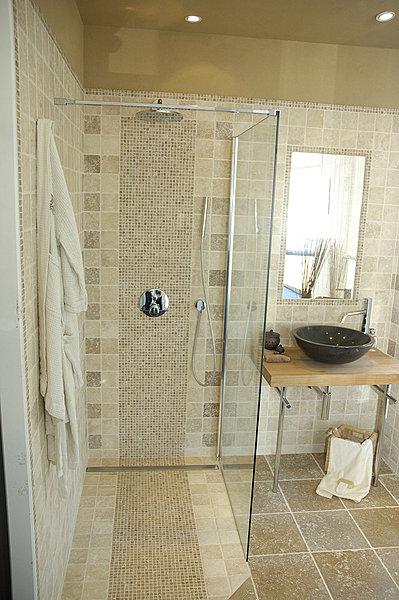 Salle de bain a l 39 italienne castorama - Galet salle de bain castorama ...