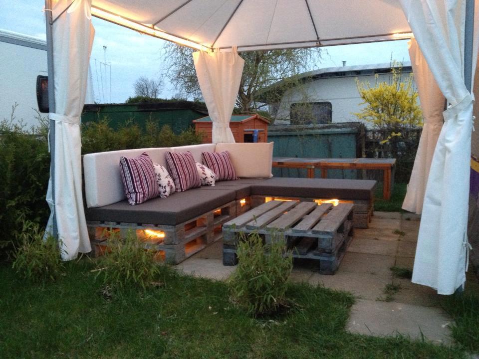 Photo salon de jardin avec des palettes