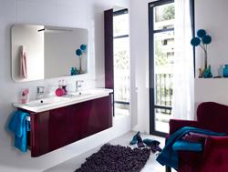 Photo déco salle de bain aubergine