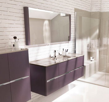 d co salle de bain aubergine. Black Bedroom Furniture Sets. Home Design Ideas
