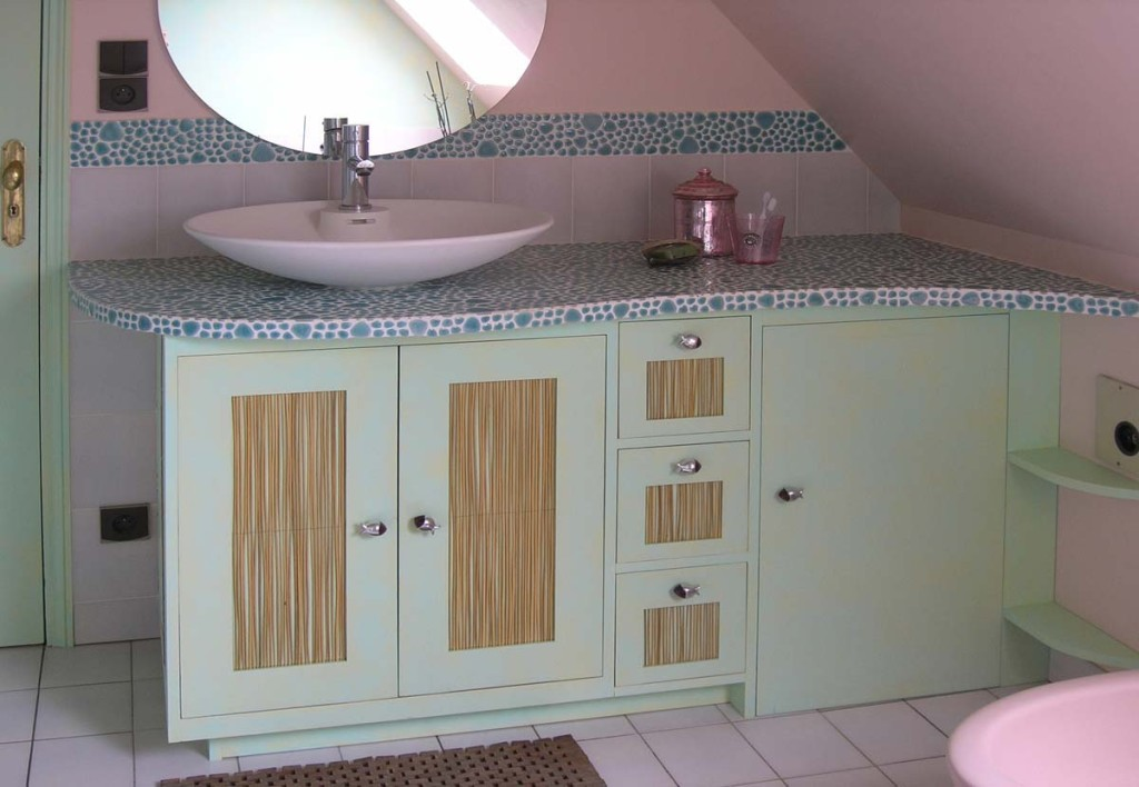 D co salle de bain frise for Salle de bain jolie