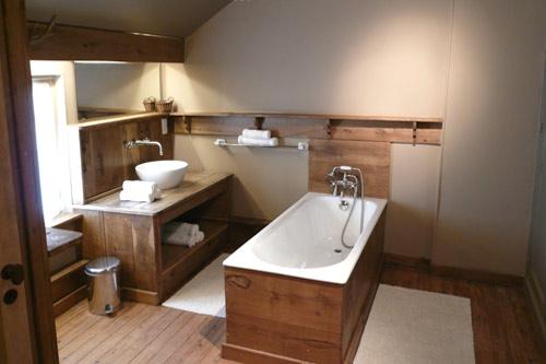 D coration salle de bain games for Idee deco salle de bain bois