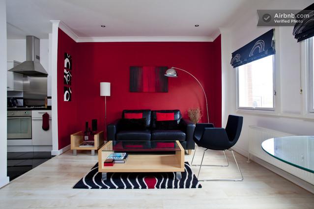 D coration salon rouge for Belle deco salon