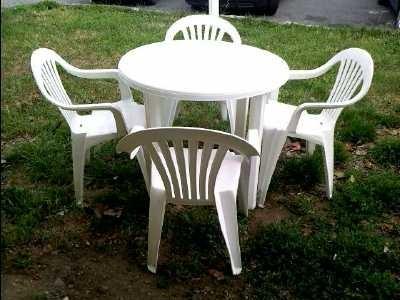 Salon de jardin plastique table en bois de jardin pas cher ...