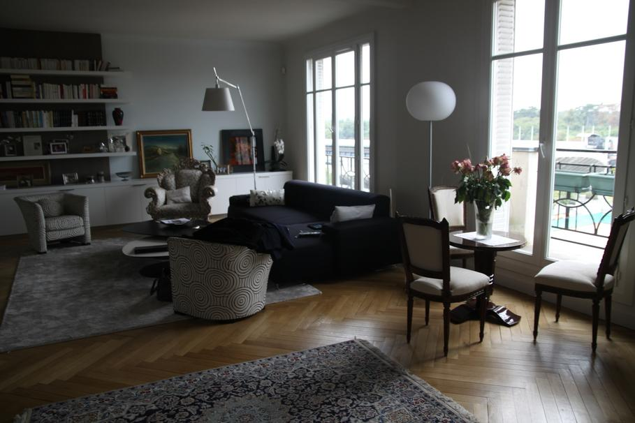 D co appartement paris for Idee decoration appartement etudiant