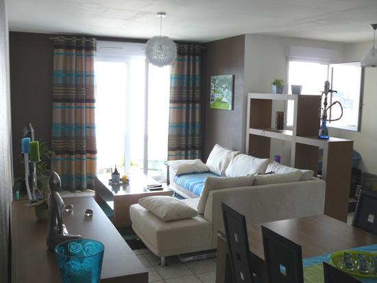 Peinture appartement simple peinture sur des panneaux de for Peinture appartement design