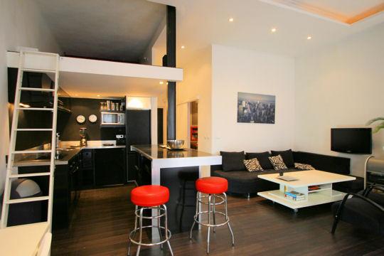 d co loft moderne. Black Bedroom Furniture Sets. Home Design Ideas