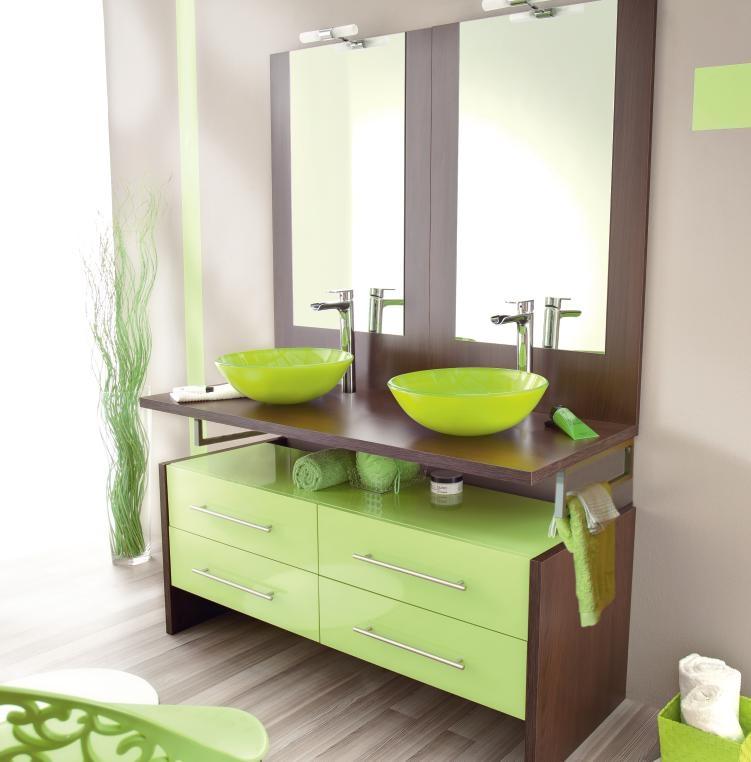 D co salle de bain color e for Organisation salle de bain