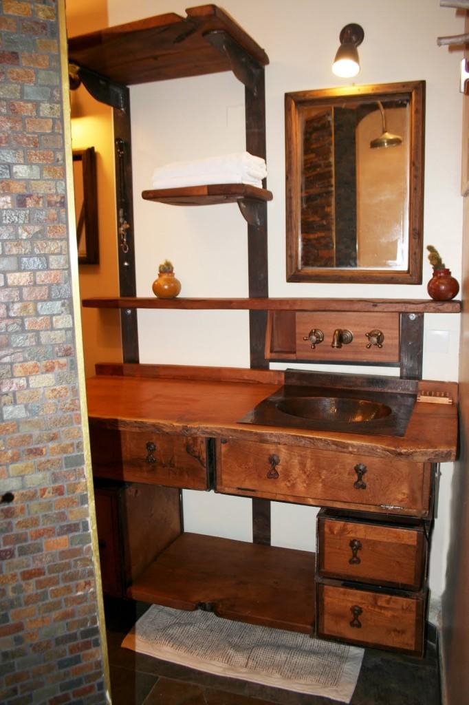 D co salle de bain fait main for Decor de salle de bain exotique
