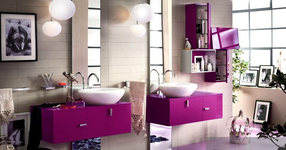 organisation déco salle de bain framboise