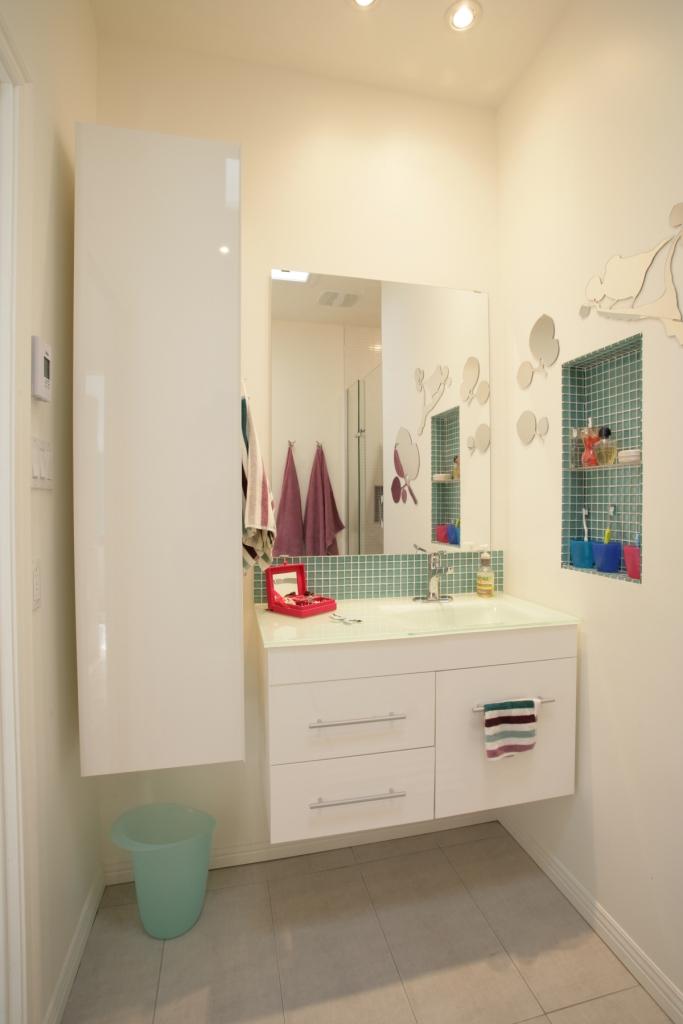 decoration petite salle de bain sans fenetre