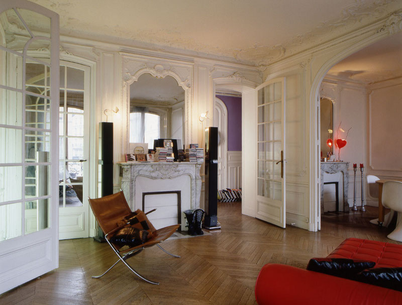 D coration appartement style haussmannien for Deco sejour haussmannien