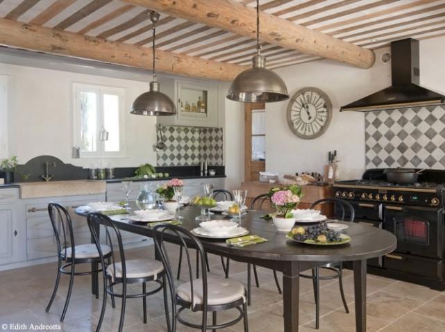 Salon Cuisine Ancienne : Décoration cuisine ancienne