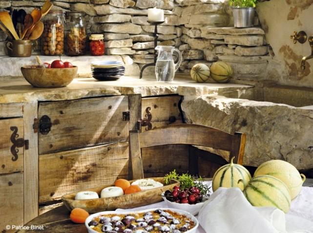 d coration cuisine avec pierre. Black Bedroom Furniture Sets. Home Design Ideas