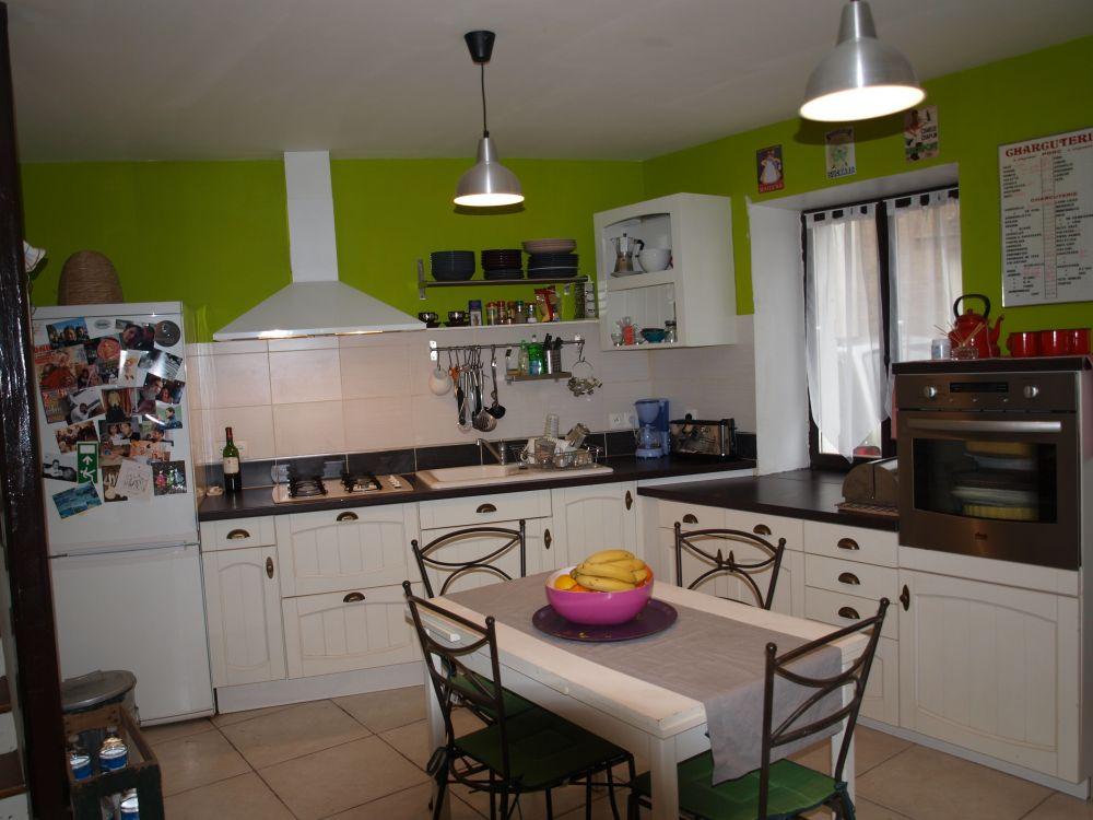 D coration cuisine lambris for Deco de cuisine a l ancienne