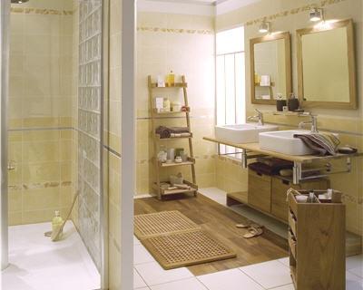 Photo décoration salle de bain femme