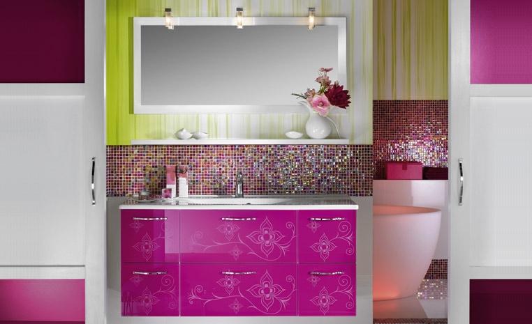 D coration salle de bain framboise for Exemples deco salle bain