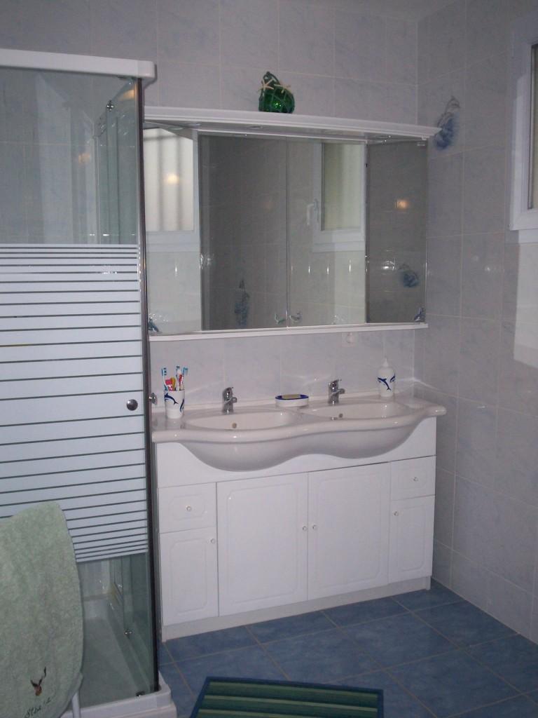d coration salle de bain marine. Black Bedroom Furniture Sets. Home Design Ideas