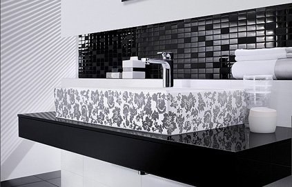 d coration salle de bain noire et blanche. Black Bedroom Furniture Sets. Home Design Ideas