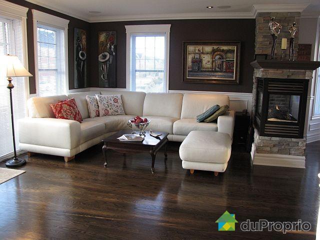 d coration salon avec foyer. Black Bedroom Furniture Sets. Home Design Ideas