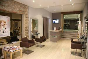 Decoration salon onglerie - Modele decoration salon ...