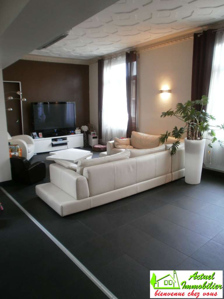 D co appartement moderne pas cher for Deco pas cher salon