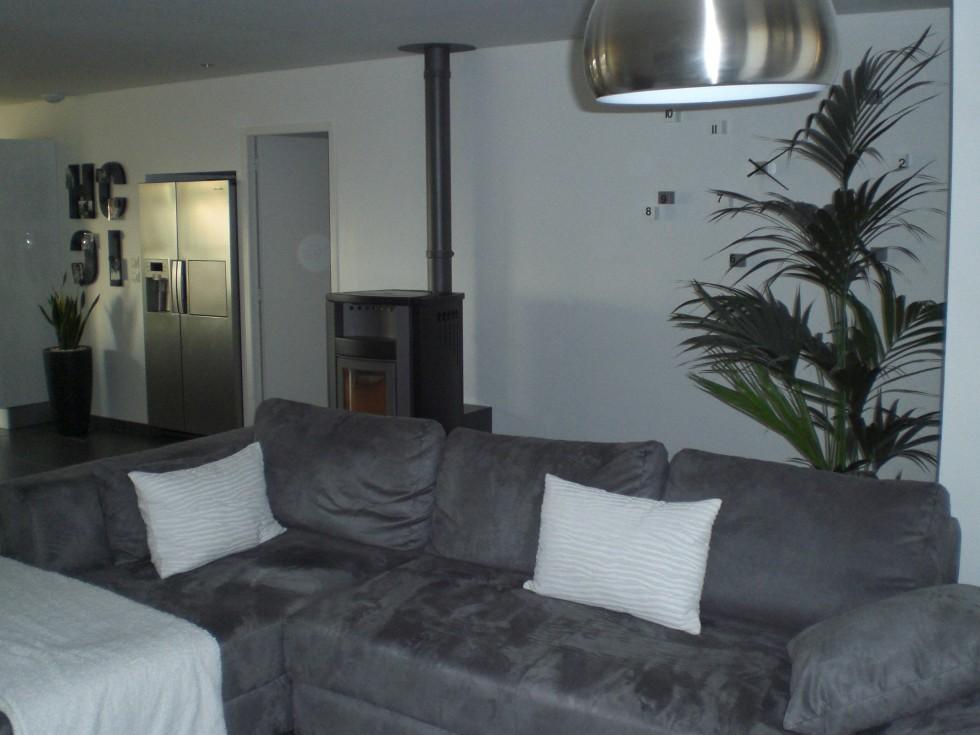 d co maison gris et blanc. Black Bedroom Furniture Sets. Home Design Ideas