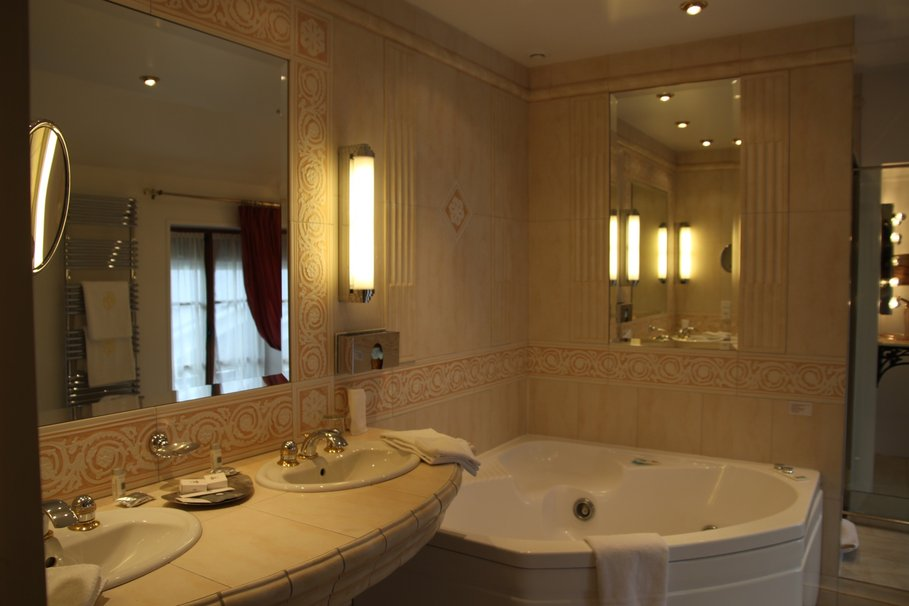 D co salle de bain beige for Decoration sal de bain
