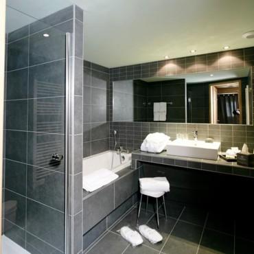 aménagement déco salle de bain hotel