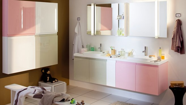 belle déco salle de bain rose et gris