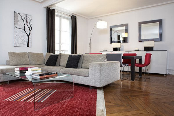 D coration appartement haussmannien moderne for Idee deco appartement