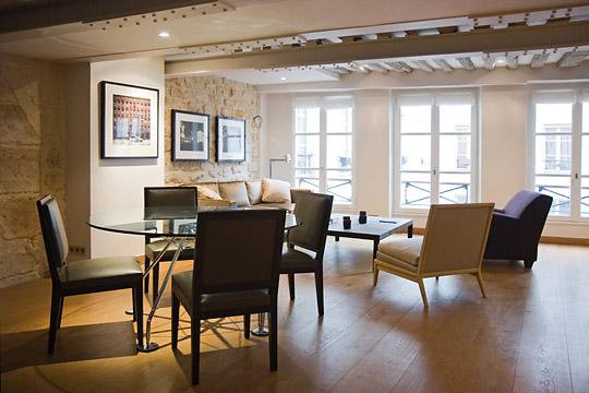 d coration appartement poutres apparentes. Black Bedroom Furniture Sets. Home Design Ideas