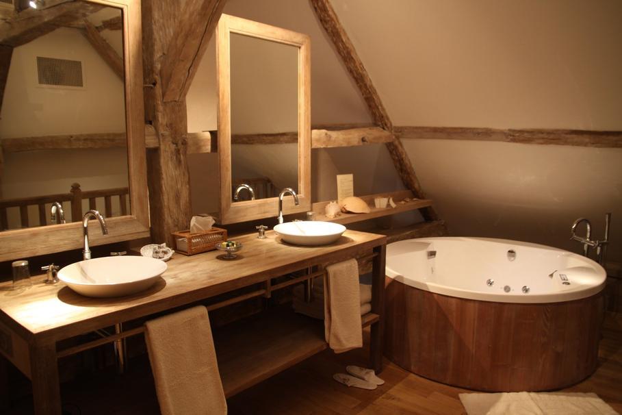 D coration salle de bain bois - Traitement bois salle de bain ...