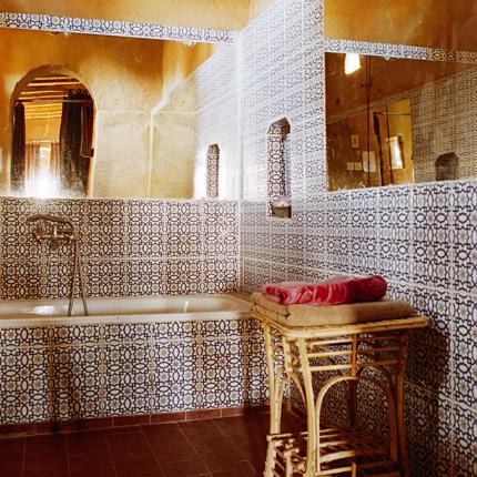 Photo decoration d coration salle de bain en tunisie for Salle de bain tunisie