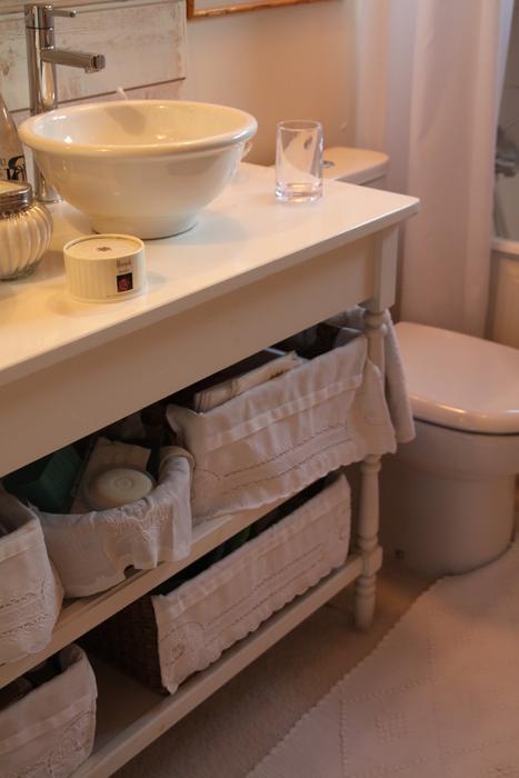 exemple décoration salle de bain romantique - Photo Déco