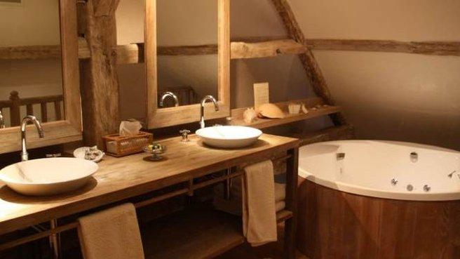 belle décoration salle de bain rustique - Photo Déco
