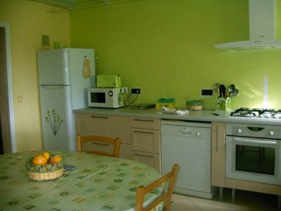 organisation cuisine en vert pistache
