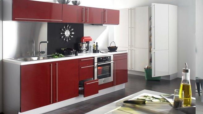 cuisine rouge bordeaux but. Black Bedroom Furniture Sets. Home Design Ideas