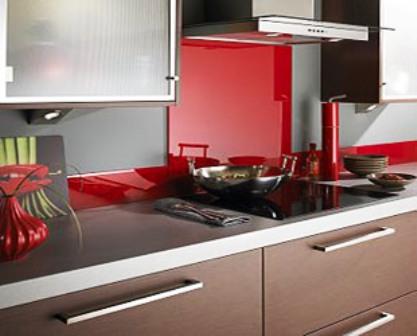 elegant carrelage cuisine moderne carrelage metro blanc noir rouge er with carrelage cuisine rouge. Black Bedroom Furniture Sets. Home Design Ideas