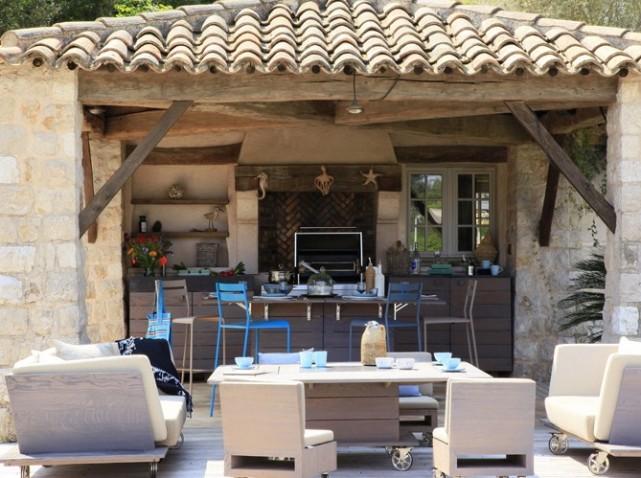 D coration cuisine exterieure for Cuisine exterieure en pierre