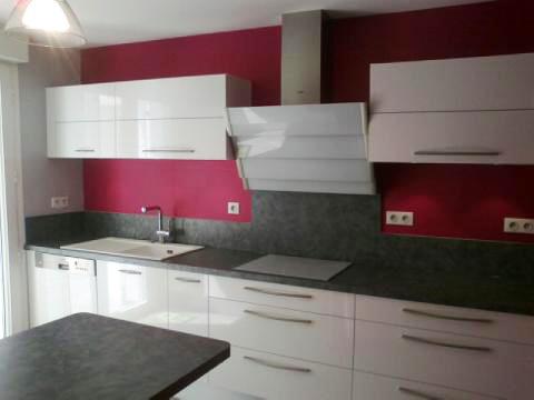 d coration cuisine framboise. Black Bedroom Furniture Sets. Home Design Ideas