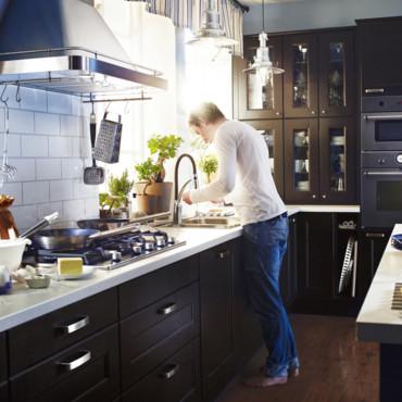 cuisine faktum noir ikea. Black Bedroom Furniture Sets. Home Design Ideas