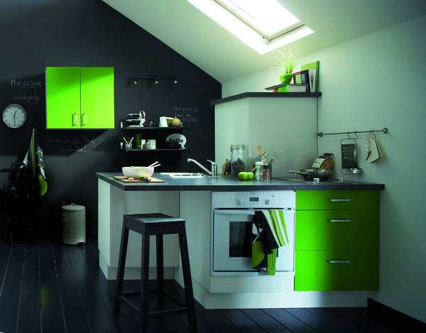 photo decoration cuisine mur vert pomme. Black Bedroom Furniture Sets. Home Design Ideas