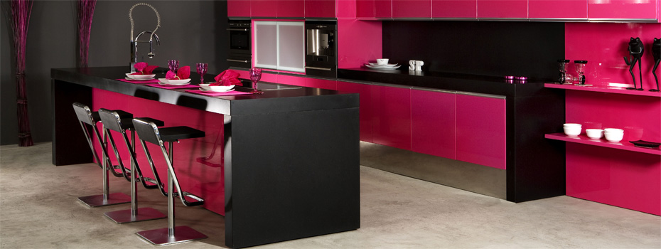 cuisine noir et rose. Black Bedroom Furniture Sets. Home Design Ideas